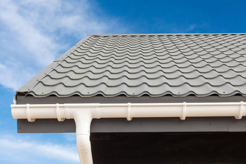 Gutter Cleaning and Brightening